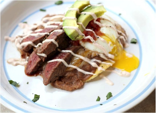 steak huevos