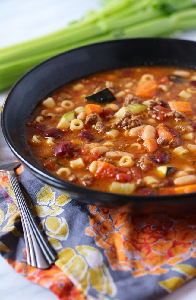pasta-fagioli-tomato-wellness-700